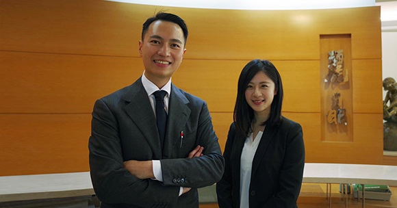 G Suite case study: Lih Jing Realty special assistant Mr. Wang (left) and TS Cloud system specialist Karen